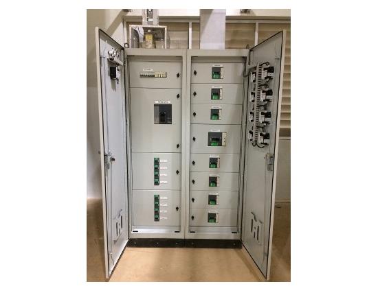 Tủ điện phân phối nguồn